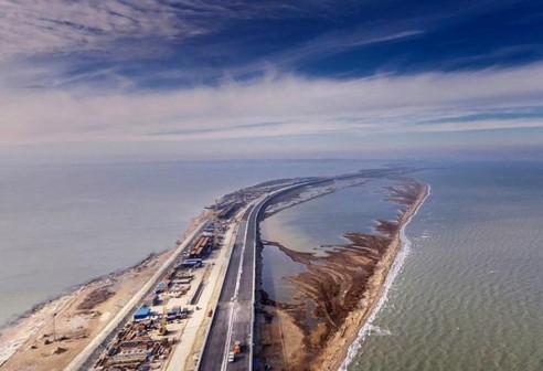 Транспортное сообщение с Крымом запустят в два этапа